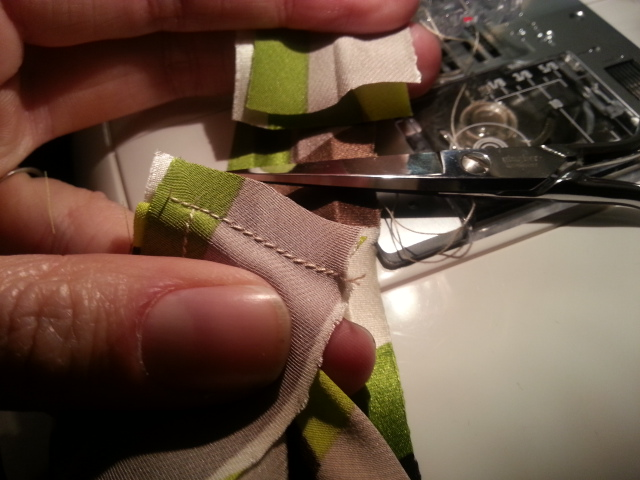 Trim bias tape seam allowance